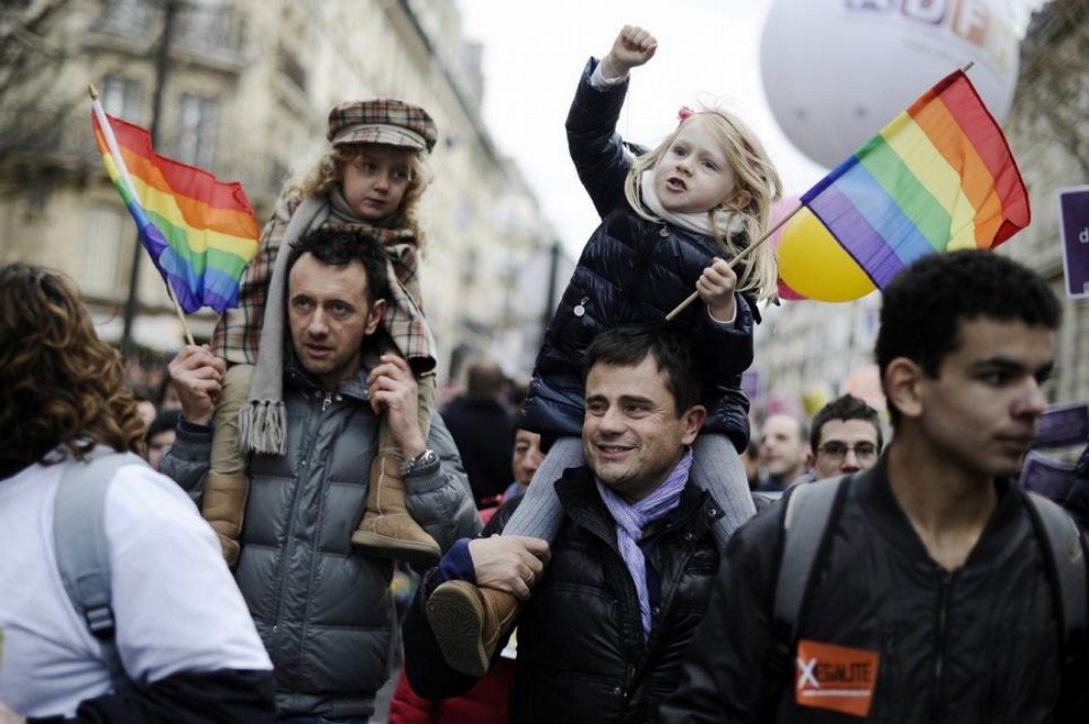 a discussion on gay family rights Debate/topics/same-sex marriage critical court decisions in support of parental rights have been based on the structure of the gay marriage is unrelated to.